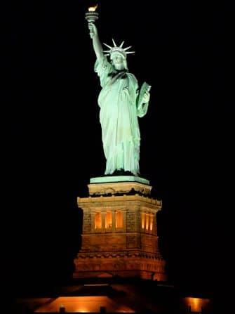 Bootstour mit Abendessen in New York - Freiheitsstatue