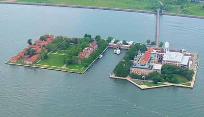 Bootstour zur Freiheitsstatue und Ellis Island - Ellis Island