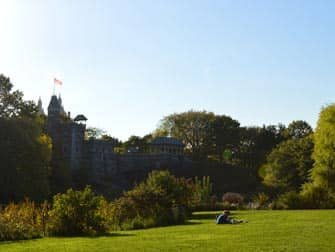 Central Park in NYC - Belvedere Castle im Sommer