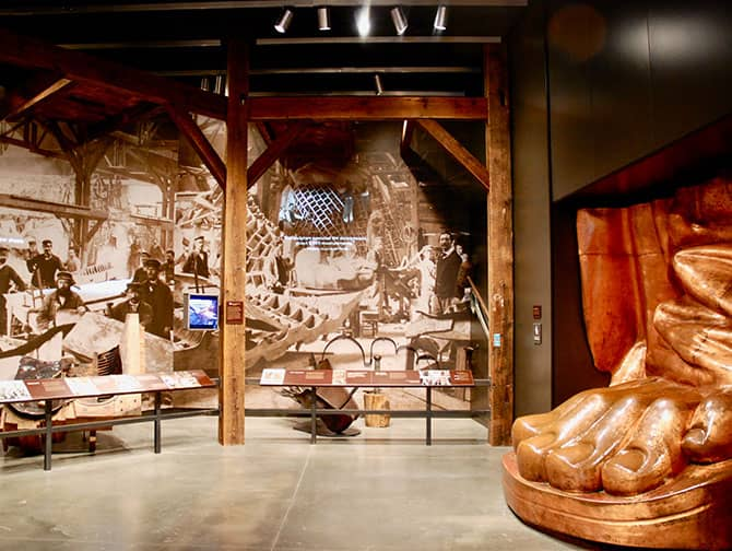 Freiheitsstatue - Engagement Gallery
