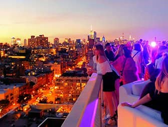 Rooftop Bars in New York - The Roof Sonnenuntergang