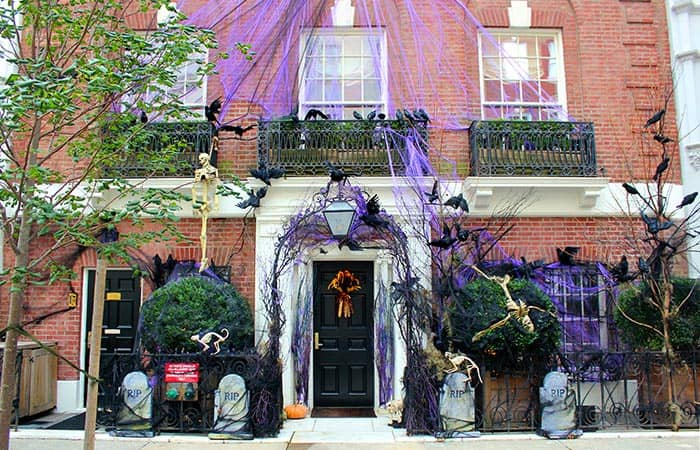 Halloween in New York - Dekoriertes Haus
