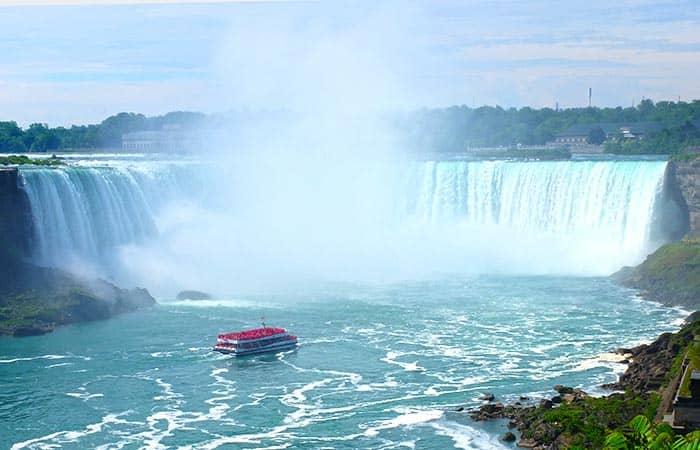 New York nach Kanada, Niagarafälle und Finger Lakes Dreitägiger Ausflug - Bootstour