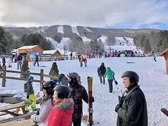 Ski und Snowboard Tagesausflug von New York aus - Hunter Mountain