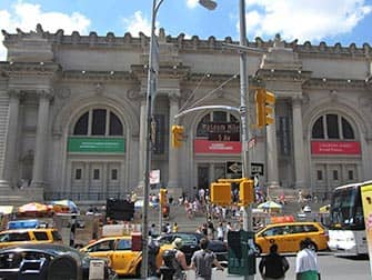Upper East Side in New York - Metropolitan Museum