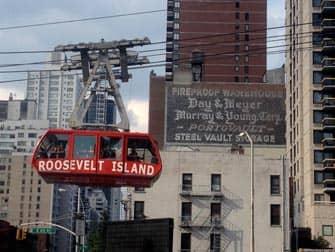 Roosevelt Island tram in New York