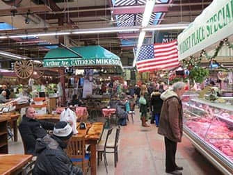 The Bronx in New York - Market in Little Italy
