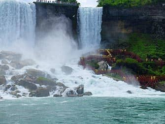 New York zu den Niagarafällen zweitägiger Ausflug - Bridal Veil Falls