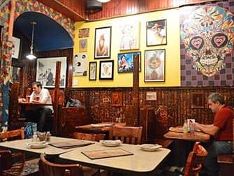 John's Pizzeria in der Bleecker Street in NYC