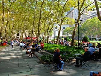 Parks in New York - Bryant Park Terrasse