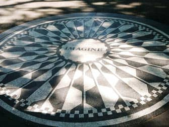 Rundgang zu den Filmdrehorten im Central Park - Strawberry Fields