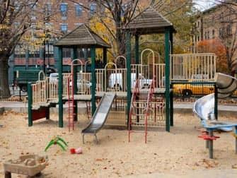 The Bleeckerstreet Spielplatz in New York
