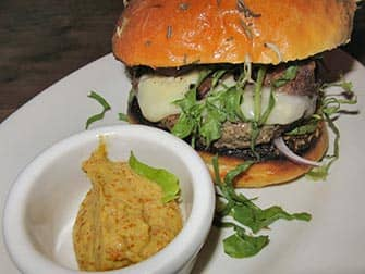 Burgers in New York - Maialino burger