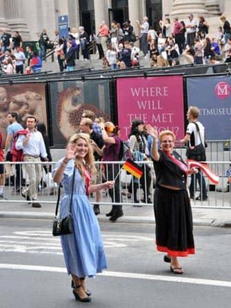 Die German-American Steuben-Parade in New York - Dirndl