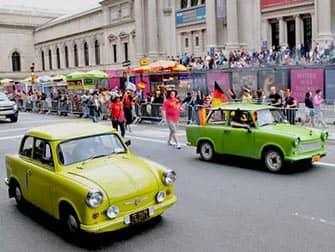 Die German-American Steuben-Parade in New York - Trabis