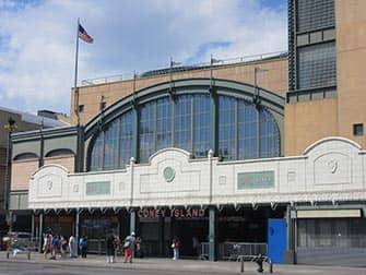 Coney Island U-Bahn Station in NYC