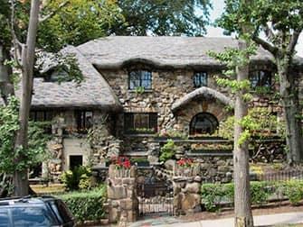 Pizza Tour in NYC - Hänsel und Gretel Haus