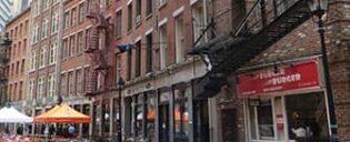 Essen gehen in der Stone Street in New York