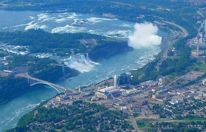 Niagara Falls Cave Tour Canada