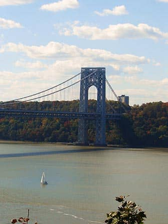 Tagesausflug zum Bear Mountain - George Washington Bridge