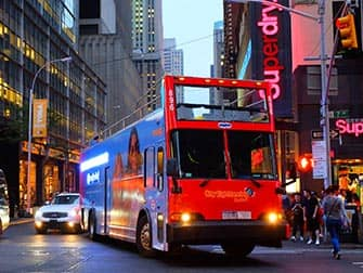 Gray Line Hop on Hop off Bus in New York - Nacht Tour