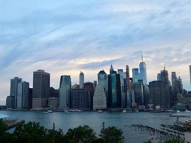 New York Abendtour - Skyline von Brooklyn aus