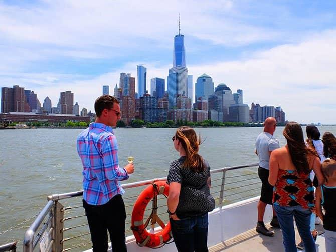 Bateaux Bootstour mit Mittagessen in New York - Aussicht