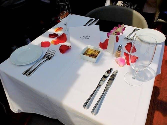 Bateaux Bootstour mit Mittagessen in New York - Romantisches Mittagessen