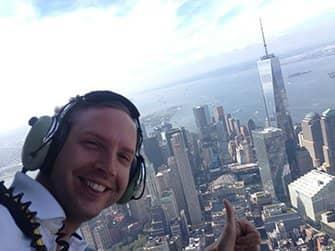 Helikopter-Rundflug ohne Türen in New York - Selfie