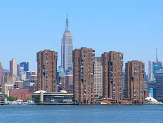 NYC Ferry in New York - Empire State Building